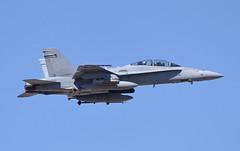 164237 - 10/21/19 (jrf_aviation) Tags: mcdonnelldouglas fa18 f18 fa18hornet f18hornet fa18d f18d fa18dhornet f18dhornet hornet flynavy navy usnavy usn vx9 vx9vampires vampires takeoff mcasyuma knyl aviationphotography militaryaviation military militaryaircraft