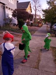 Off for trick-or-treating (quinn.anya) Tags: sam paul eliza kindergartener preschooler toddler rabbidyoshi rabbidluigi rabbidmario halloween trickortreating mariorabbidskingdombattle