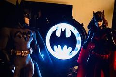 1771-307 Batman and Batwoman (misterperturbed) Tags: batman batwoman batsignal mezco one12collective mezcoone12collective dcdirect dccomics detectivecomics