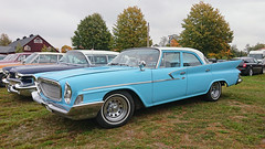 1961 Chrysler Newport (crusaderstgeorge) Tags: crusaderstgeorge cars classiccars chrome americancars americanclassiccars americancarsinsweden 1961chryslernewport 1961 chrysler newport bluecars blue högbo sweden sverige carmeet coolcars