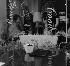 Really Good (Bury Gardener) Tags: burystedmunds suffolk england eastanglia uk streetphotography street streetcandids snaps strangers candid candids people peoplewatching folks fujixt3 fuji fujifilm 2019