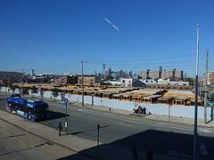 201910060 New York City Brooklyn and Lower Manhattan (taigatrommelchen) Tags: 20191042 usa ny newyork newyorkcity nyc manhattan brooklyn financialdistrict sky icon urban city skyline building street bus