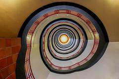 Shine bright like a diamond (Elbmaedchen) Tags: sprinkenhof staircase treppenhaus spirale interior roundandround upanddownstairs helix schnecke escaleras escalier hamburg burchardstr8 farbig bunt colours lichtdurchflutet bright