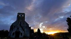 PAYSAGES DE PICARDIE 347 (aittouarsalain) Tags: picardie aurore aube jour soleil levant landscape paysage cimetière église heurebleue ciel nuages