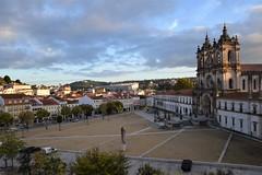 Monasterio de Alcobaça (Portugal, 24-10-2019) (Juanje Orío) Tags: 2019 alcobaça portugal europa europe europeanunion eu unióneuropea ue patrimoniodelahumanidad worldheritage plaza monasterio