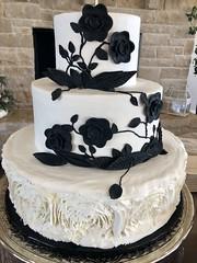 IMG_6311 (backhomebakerytx) Tags: backhomebakery back home bakery texas texasbakery three tier wedding bride brides black flowers ruffle flower smooth texasbride