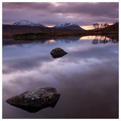 Dawn light at Loch Bà, Scotland (S.R.Murphy) Tags: dawn landscape lochba lochbà october2019 rannochmoor scotland morning sunrise morninglight lake water stillwater stuartmurphy fujifilmxt2 leefilters lee06ndgrad tighnacruaiche