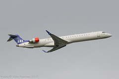 EI-GEF - 2009 build Bombardier CRJ900 NG, climbing on departure from Runway 05L at Manchester (egcc) Tags: 15244 bombardier cgbsz crj crj900 crj900er crj900ng canadair cityjet egcc eigef lightroom man manchester oykfk ringway sas sk scandinavianairlines scandinavianairlinessystem staralliance