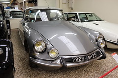 Citroen DS19 928NP29 (Andrew 2.8i) Tags: museum classics classic autos auto voitures voiture cars car sparkford somerset uk haynes french saloon sedan ds ds21 ds19 ds19a citroen 1967 928np29