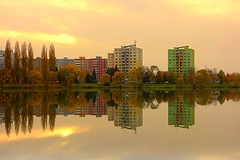 colors and reflections (majka44) Tags: košice lake slovakia 2019 mirror reflections colors autumn atmosphere tree water nice landscape sunset evening architecture building green grass yellow mood golden waterscape