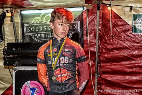 podium (18)