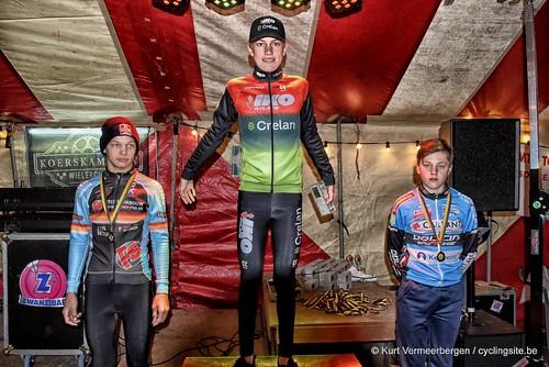 podium (4)