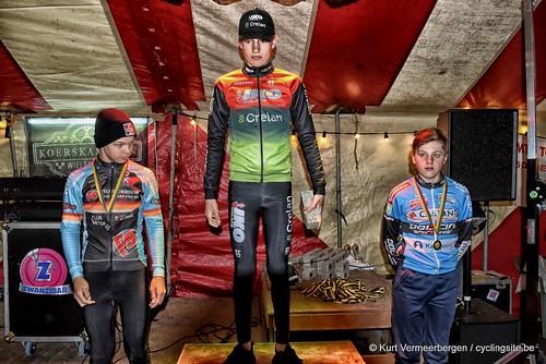 podium (3)