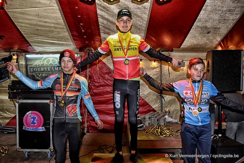 podium (9)