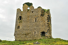 Cashlaundarragh Castle, County Galway (Salmix_ie) Tags: cashlaundarragh castle county galway 15th century built ryehill rye hill tower house vllig ullick lynch 1574 garrandaragh earthworks rectangular houses field walls roadway drystone nikon nikkor d3s october 2019