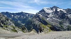 Plunging views (Vincent_Thonnart) Tags: gasteretal kandersteg halpigang schweiz suisse alpes alpen switzerland hiking wandern randonnée im halpi fisistock