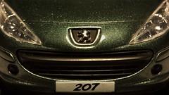 Cat eyes (Hans Lambregts) Tags: macromondays logo brandandlogos