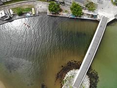 Prendre un peu de Hauteur (sirdikila) Tags: guadeloupe gwada grandeterre plage mangrove tourisme tourism mer eau sea green landscape paysage port canot passerelle pont lemoule moule ville