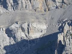 That rocky segment is better avoided by heading for the wall (Vincent_Thonnart) Tags: gasteretal kandersteg halpigang schweiz suisse alpes alpen switzerland hiking wandern randonnée im halpi fisistock