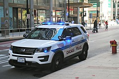 Chicago Police (Cragin Spring) Tags: midwest unitedstates usa unitedstatesofamerica city chicago chicagoillinois chicagoil illinois il urban downtown police ford suv policedepartment loop chicagoloop chicagopd chicagopolicedepartment