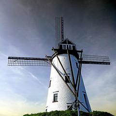 Damme, West Flanders, Belgium (pom'.) Tags: westvloandern vloandern brugge belgië damme europeanunion belgium belgique flemishregion westflanders bruges régionflamande flandreoccidentale panasonicdmctz101 mill windmill hoekemill 1840