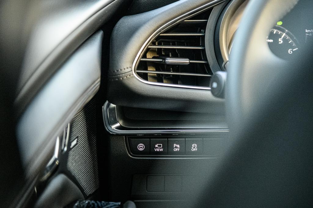 Mazda3_B_15