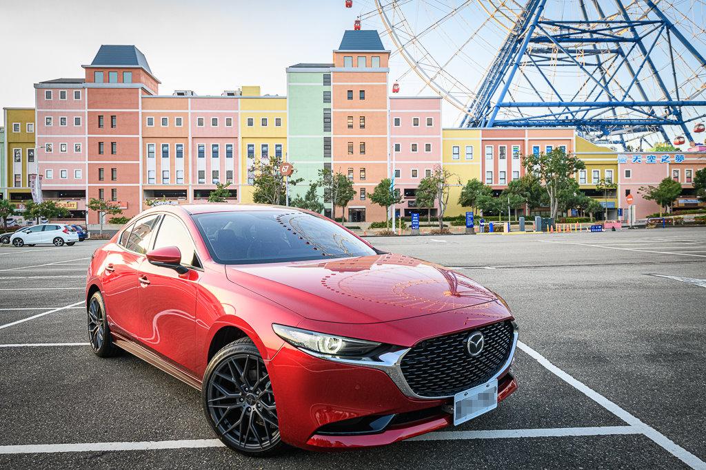Mazda3_C_13