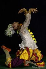 DSC_5935 (Daveoffshore) Tags: inwa school performing arts performance culture cultural dance colourful vibrant colorful david ferguson daveoffshore daveoffshorenetscapenet inwaschool mandalay myanmar mintra theatre burmese tradition traditional costume