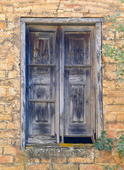 FINESTRA (Joan Biarnés) Tags: espinavessa altempordà girona 348 panasonicfz1000 ventana finestra