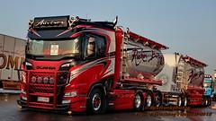 IMG_8973 NT G1X pstruckphotos (PS-Truckphotos #pstruckphotos) Tags: lastbiltrucklkwpstruckphotosnordictrophytrailertruckingfe lastbiltrucklkwpstruckphotosnordictrophytrailertruckingfestivalavinenfinbulksilo mikaauvinen auvinen kuljetusauvinen finland finnland fin scaniav8 scaniar v8 airbrush custom ruskonbetoni truckshow truckertreffen showtrucks truckphoto pstruckphotos2019 truckphotographer truckspotter truckspotting truckpics lkwfoto lastwagen lorry truckmeet lkwfotografie pstruckphotos nordictrophy