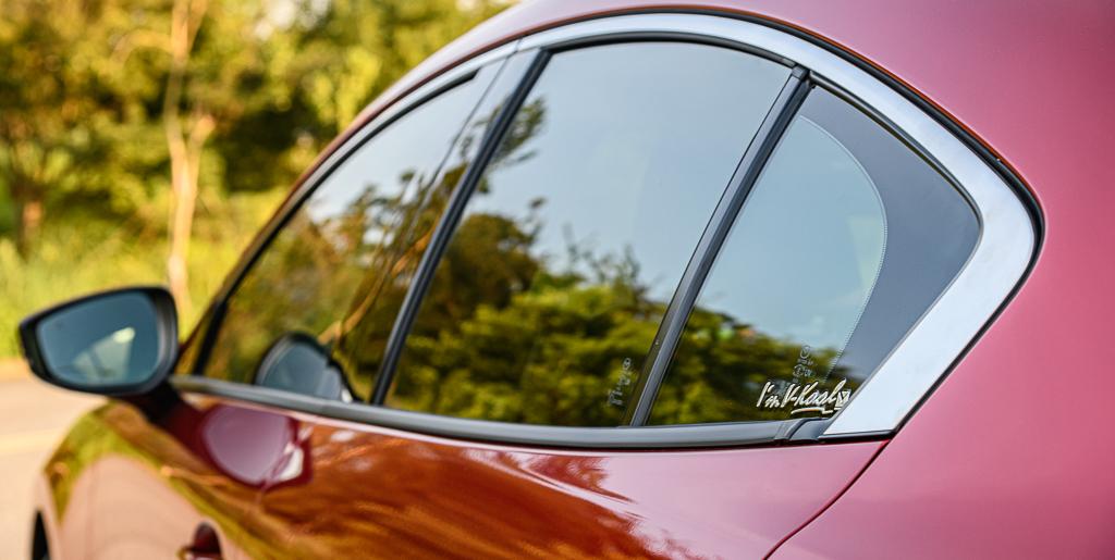 Mazda3_B_6