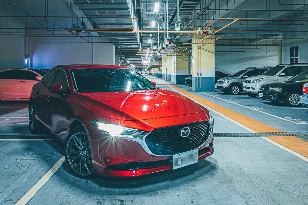 Mazda3_C_18