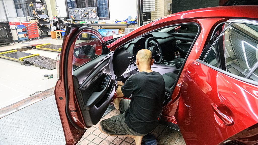 Mazda3_A_5