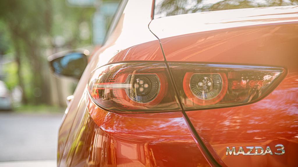 Mazda3_B_7