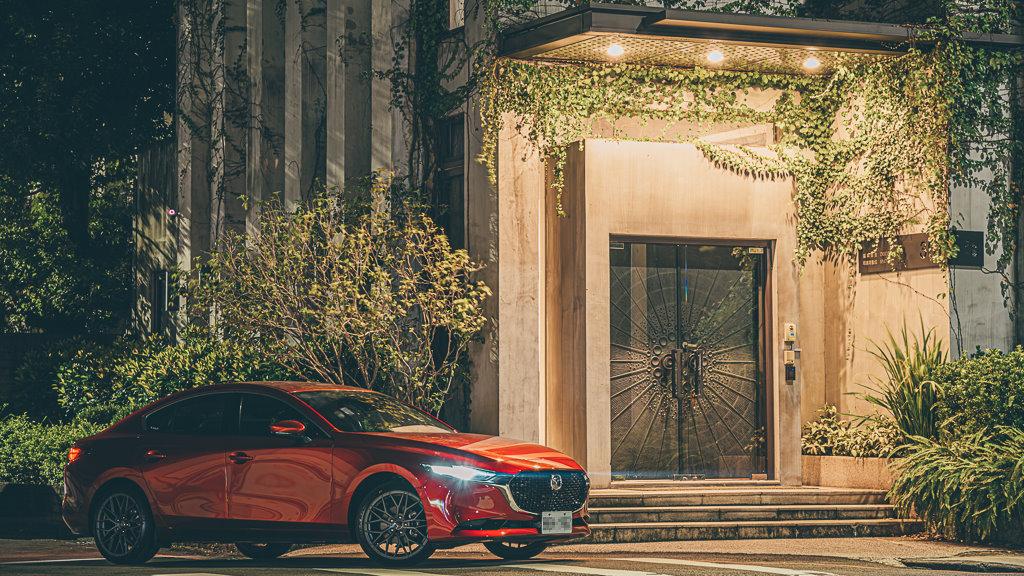 Mazda3_C_2