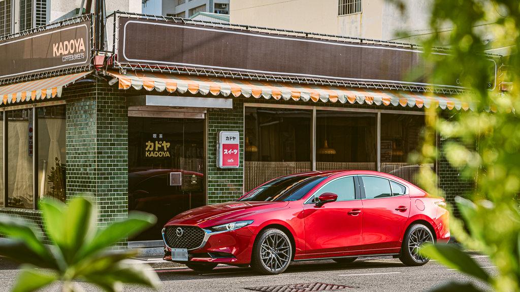 Mazda3_C_6