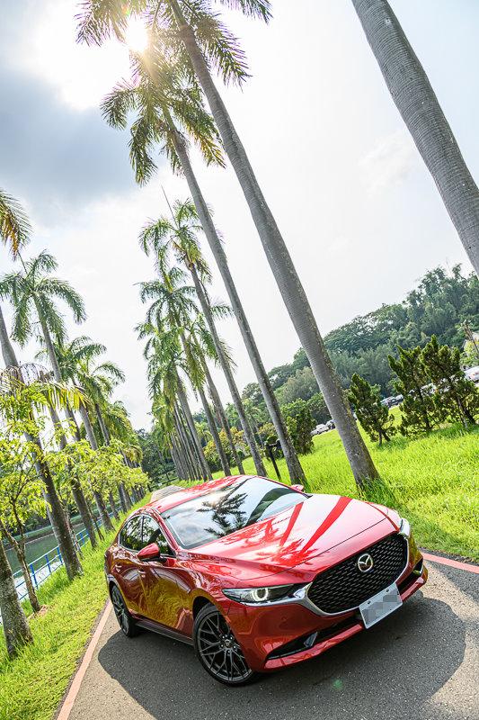 Mazda3_C_10