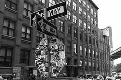 One Way (Samarrakaton) Tags: samarrakaton 2019 nikon d750 2470 brooklyn nyc nuevayork newyork usa eeuu estadosunidos norteamerica viaje travel vacaciones holidays byn bw blancoynegro blackandwhite monocromo