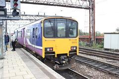 manchester piccadilly 150110 (brianhancock50) Tags: railway rail railways train trains dmu class150