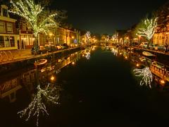 De Oudegracht in Alkmaar is al klaar voor de feestdagen