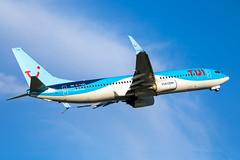 TUI - Boeing 737-8K5/W G-TAWX @ Cardiff (Shaun Grist) Tags: gtawx tui boeing 737 7378k5 shaungrist cwl egff cardiff cardiffairport cardiffrhoose rhoose wales airport aircraft aviation aeroplanes airline avgeek takeoff 12