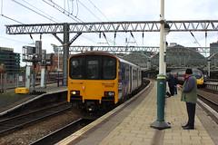 manchester piccadilly 150142 (brianhancock50) Tags: railway rail railways train trains dmu class150