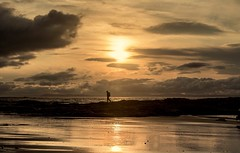 Silhouettes...xx (shona.2) Tags: eastlothian scotland golden nature seascape sand sea beach rocks man silhouette sunset