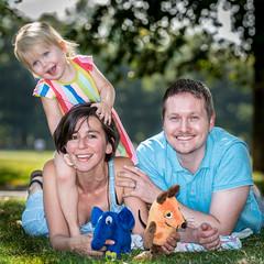 Olivia, David, Natalia (stephanrudolph) Tags: d750 nikon handheld people friends london uk gb england europe europa girl woman child toddler