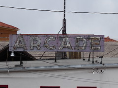 Manitou Springs, CO Arcade neon sign (army.arch) Tags: manitousprings colorado co historic historicdistrict historicpreservation nrhp nationalregister nationalregisterofhistoricplaces sign