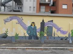 424 (en-ri) Tags: liceo artistico cottini gorilla drago dragon lilla giallo marrone cielo sky grattacieli alberi trees verde torino wall muro graffiti writing