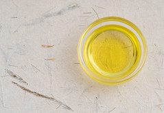 Olive oil (annick vanderschelden) Tags: oliveoil oil fat liquid fluid yellow food cooking culinary olives oleaeuropaea mediterraneanbasin cultivar oleicacid fattyacids linoleicacid foodpreparation flavor cookingoil mediterraneancuisine ingredient
