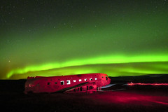 s 20192710_DC3 Plane Wreck Aurora with Red Light_DSC_1363 (Andrew JK Tan) Tags: iceland auroraborealis nikonz7 northernlights