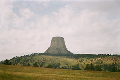 Devils Tower (szmenazsófi) Tags: smenasymbol devilstower devilstowernationalmonument lomo smena analog analogue 35mm nature wyoming america usa west laccolith butte