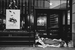 Juxtaposition (Robbie Khan) Tags: 2019 canonphotos canonphoto england london november robbiekhan street streetphotography thisislondon uk ukshooters blackandwhite bnw bw